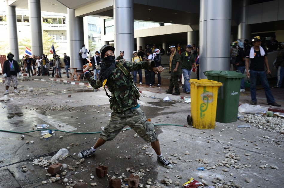 Anti-goverment protests intensify in Thailand