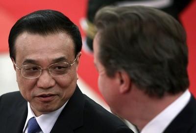 David Cameron (right) and Chinese Premier Li Keqiang