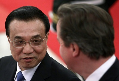 David Cameron (right) and Chinese Premier Li Keqiang