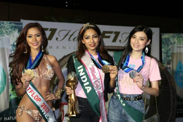 (L to R) Miss Macau Ashley Qian, Miss India Sobhita Dhulipala and Miss Philippines Angelee delos Reyes (Facebook/MissEarth)