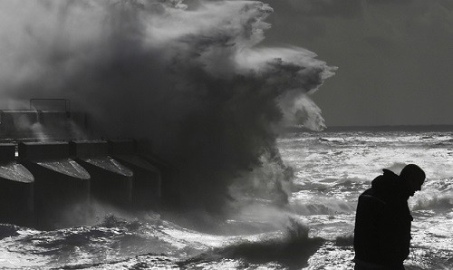 Parts of UK have been are told to prepare for the most serious coastal tidal surge for over 60 years (Reuters)
