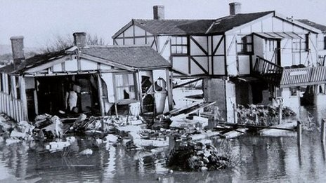 Norfolk town of Hunstanton flooded 1953