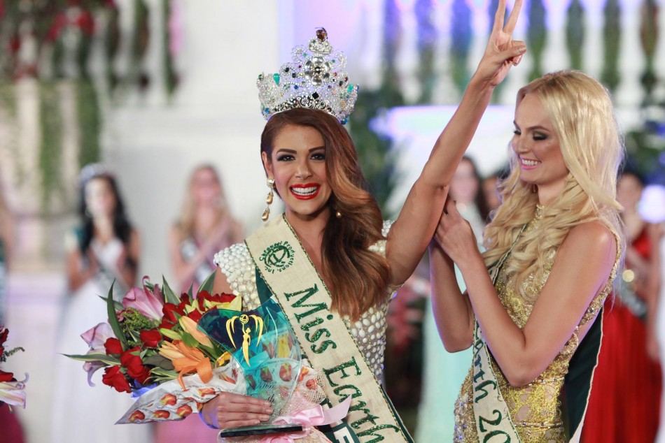 Alyz Henrich of Venezuela is crowned Miss Earth 2013. (MissEarthPageant/Facebook)