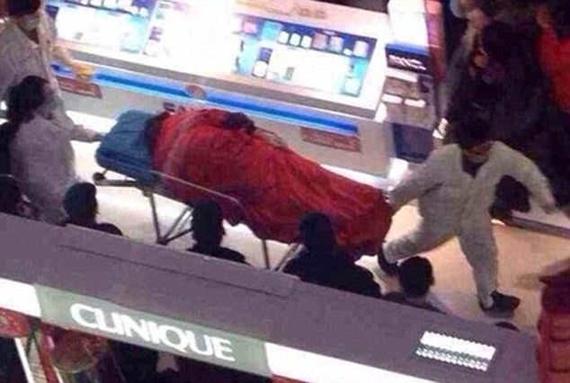 Boyfriend Jumps in China Shopping Mall