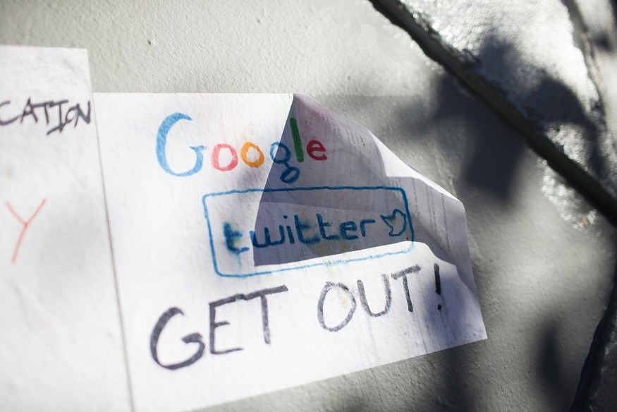 Protest slogan against Google in San Francisco PIC: Reuters