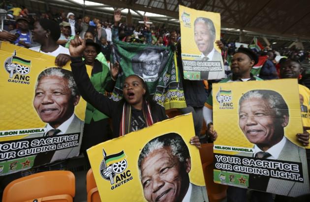 Public Mourners at Mandela Memorial Service