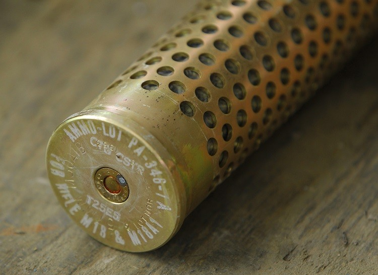 Sandy Hook Anniversary: US Gun Sales Rise on States' Mass Loosening of Firearm Control (Photo: Reuters)