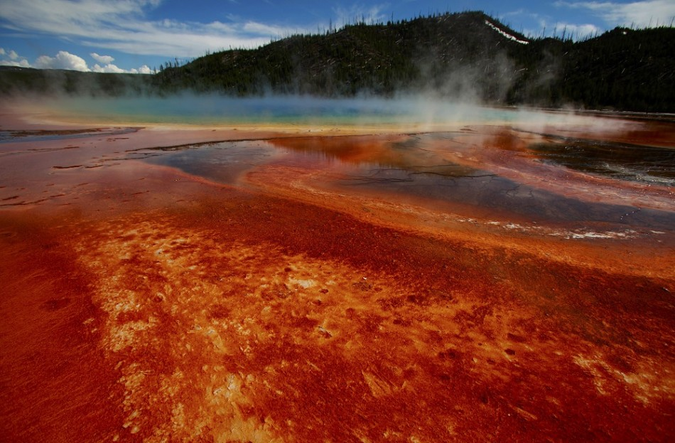 Yellowstone Super Volcano To Explode