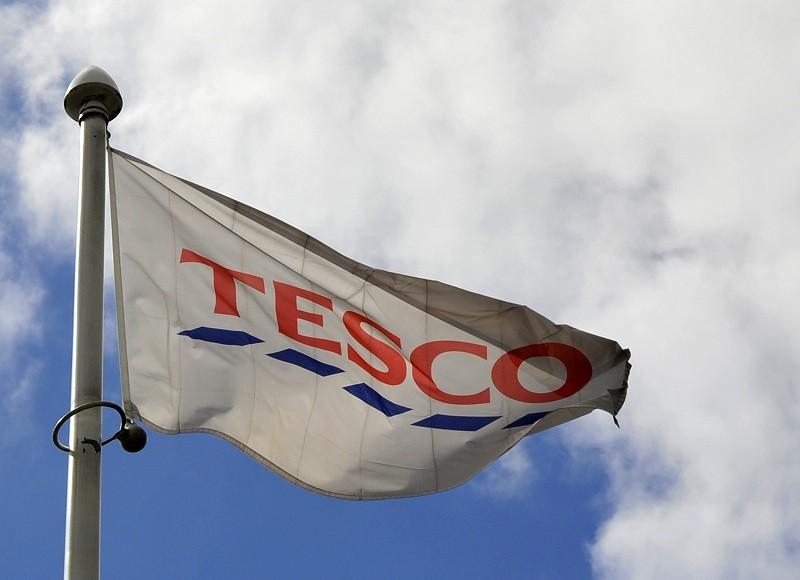 Tesco Hit by Heavy Drop Sales on Tough Christmas Season