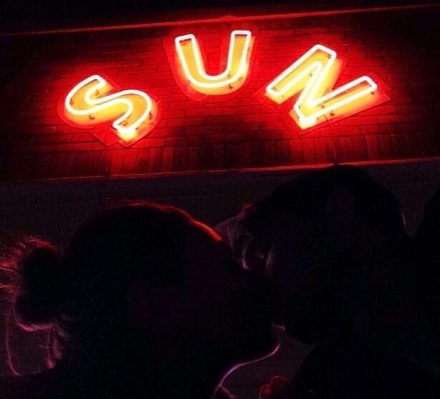American actor Ashton Kutcher posted a photograph of himself kissing girlfriend Mila Kunis. (Twitter)