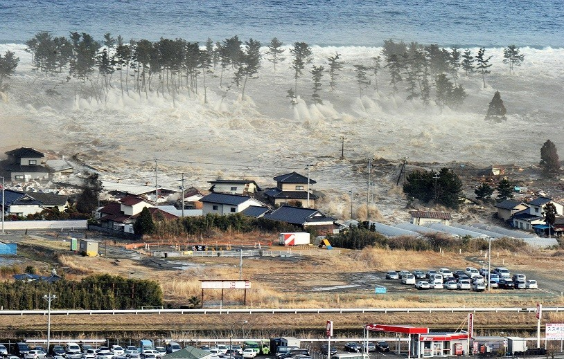 Boat debris from Japan's 2011 tsunami spotted off Oregon - Lonely ...