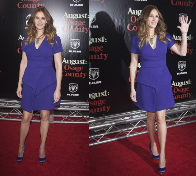 Julia Roberts shows off her toned legs and figure. (REUTERS)