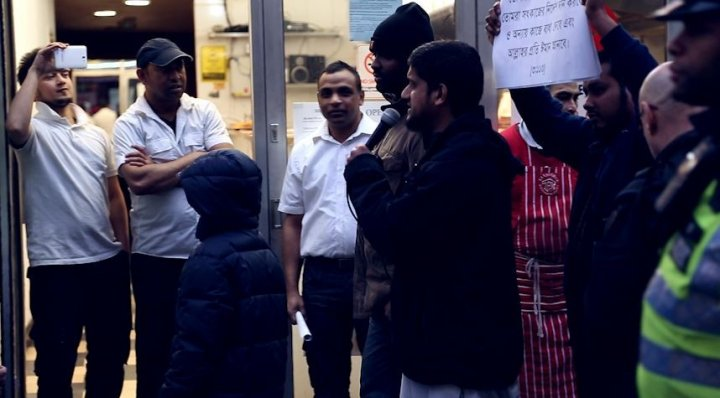 Businesses looked on at Shariah Project protest PIC: IBTimes.co.uk.