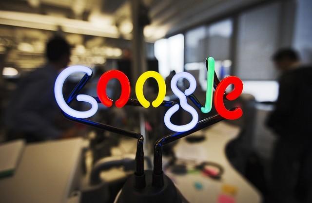 A neon Google logo