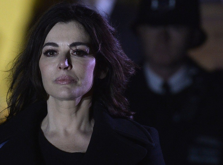 Celebrity chef Nigella Lawson leaves Isleworth Crown Court in west London December 5, 2013
