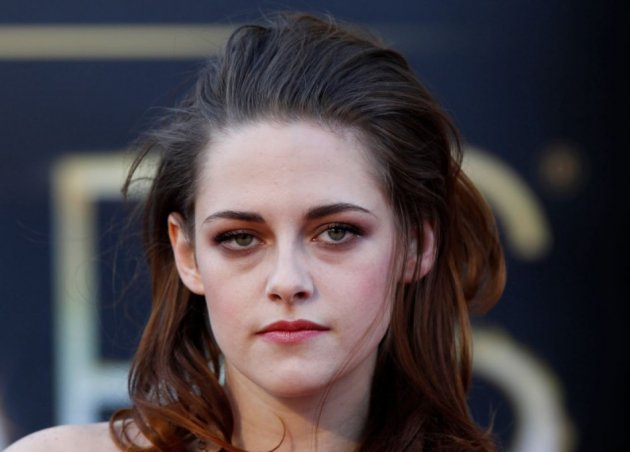 Kristen Stewart's Camp X-Ray co-star Lane Garrison has revealed that the actress is very good at sports. (Reuters)