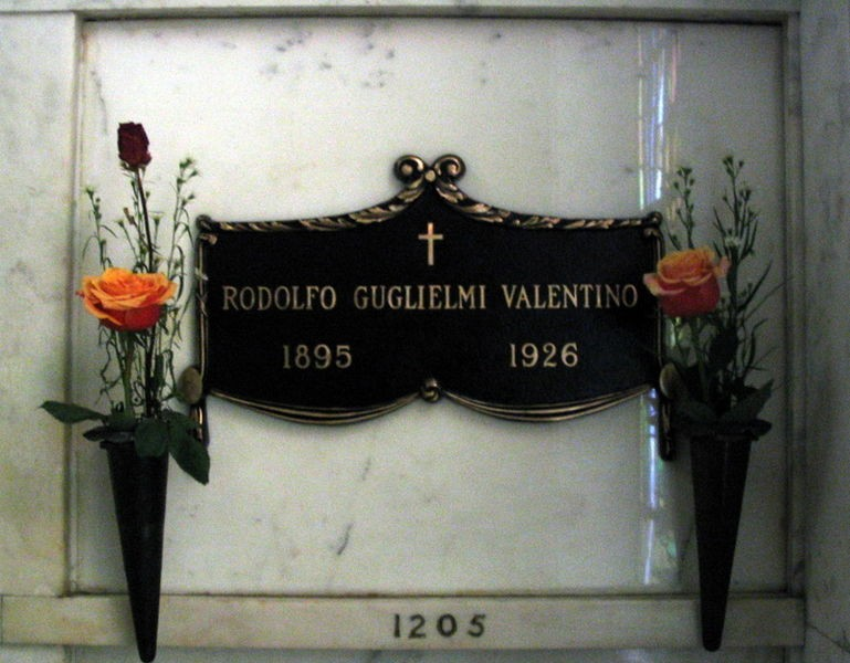 Rudolph Valentino's crypt