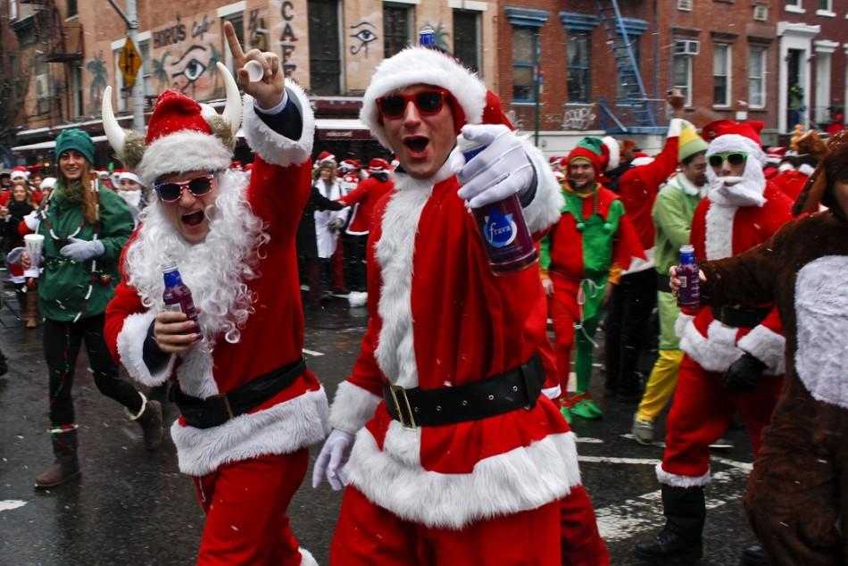 Santas at SantaCon