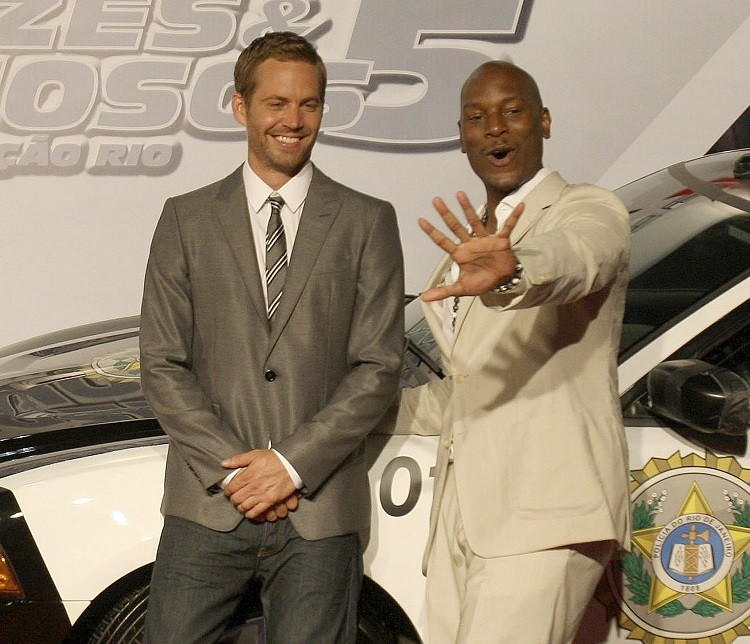 Paul Walker and Tyrese Gibson pose at the world premiere of