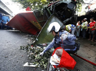 Philippines bus crash
