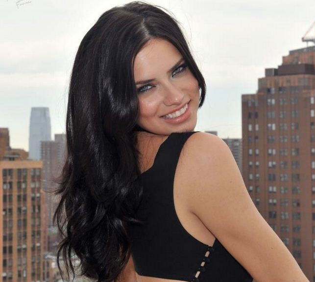 Brazilian model Adriana Lima reportedly feels like the grandmother of Victoria's Secret models. (Reuters)