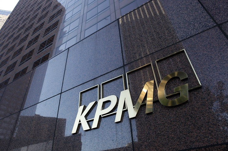 The Financial Reporting Council has started investigating KPMG's auditing of the Co-op bank