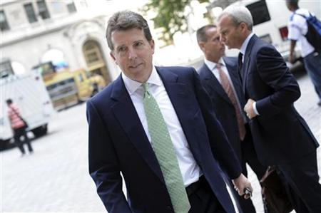 Barclays Plc President Bob Diamond makes his way to the U.S. Bankruptcy Court in New York