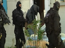 French Police Arrest 20 Suspected Islamists