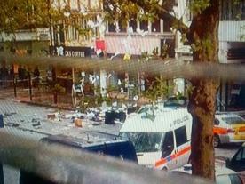 Central London siege, 4 people held hostage