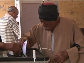 Day 2 of Egyptian elections: people taking their vote seriously