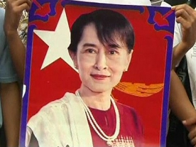 Historic visit to Thailand by Suu Kyi