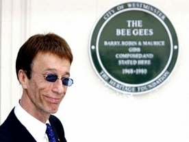 Funeral of Bee Gee Robin Gibb takes place today