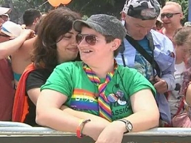 Thousands turn out for Israeli Gay Pride Parade