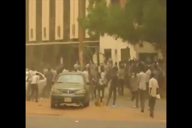 Sudanese students revolt against government