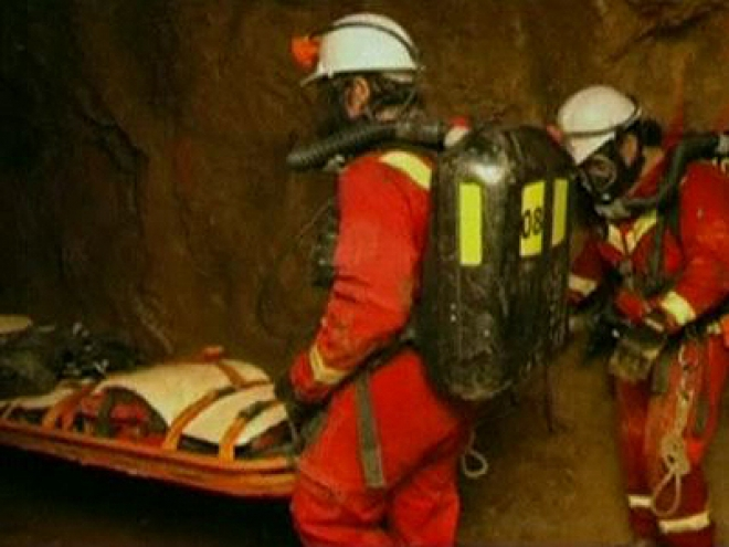 28 gold mine workers rescued in New Zealand