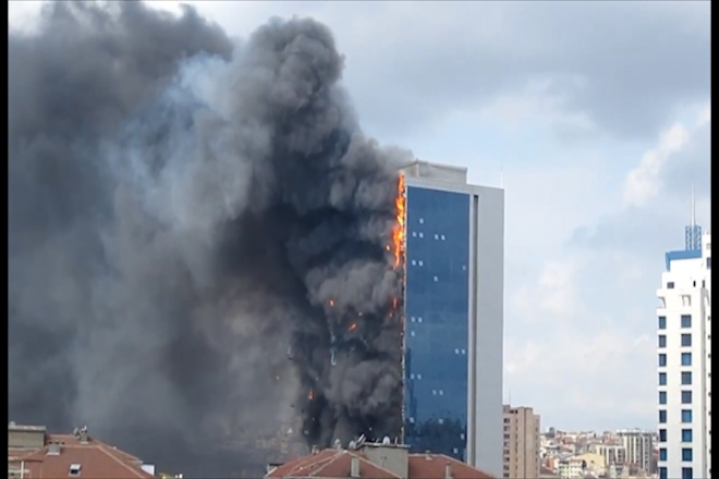 Towering inferno engulfs Turkish skyscraper
