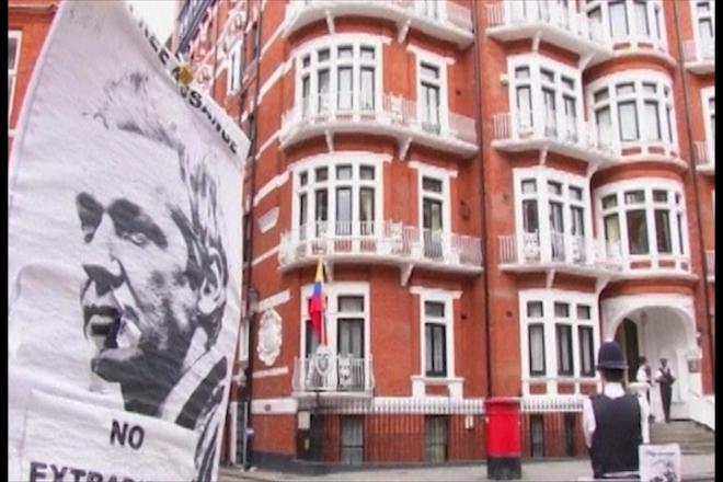 Britain and Ecuador row over Assange's asylum