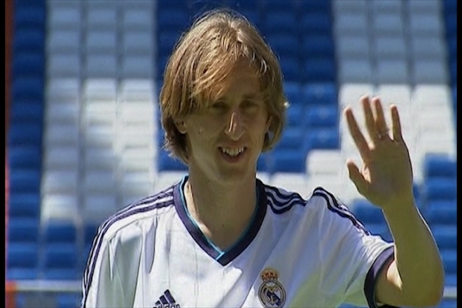 Modric completes Real Madrid move