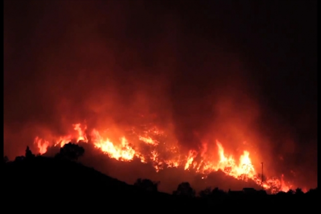 Thousands flee from Marbella wildfire