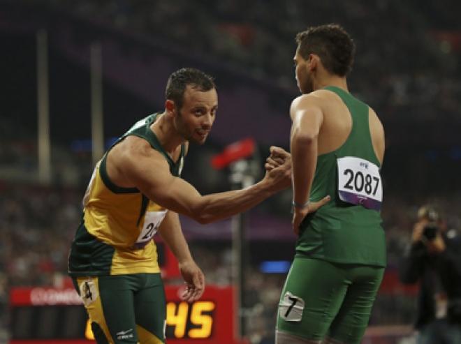 Oscar Pistorius apologises over 'blade rage'