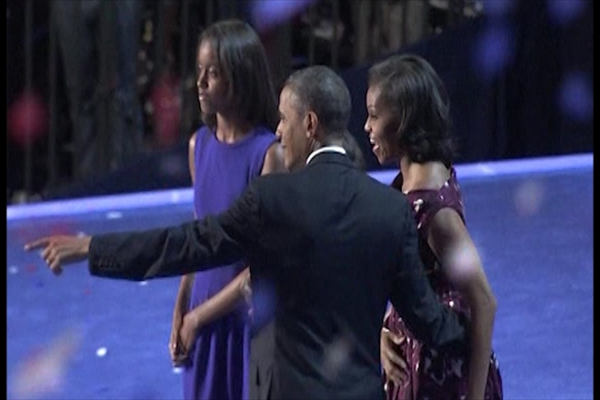 Obama Dazzles Supporters at Democrat Convention
