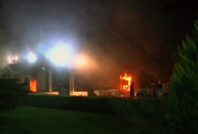 One US official dead as Libya consulate torched by protestors