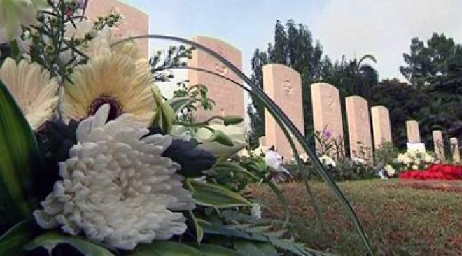 Eight WW2 British airmen buried in Malaysia