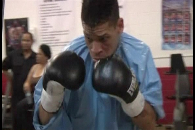 First openly gay boxer Orlando Cruz seeks world title