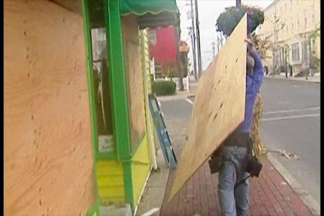 Hurricane Sandy: New York Evacuated
