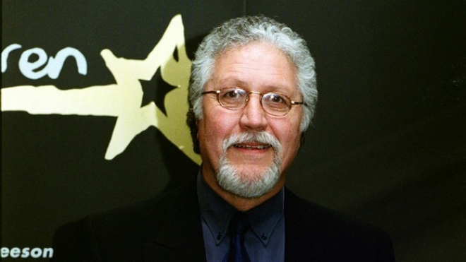 Dave Lee Travis arrested in Savile investiagtion