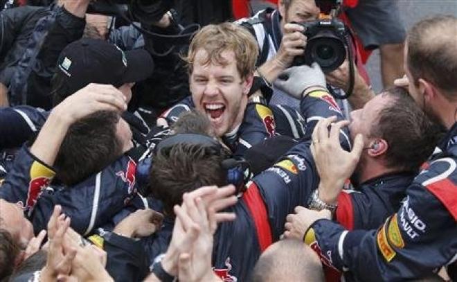 Sebastian Vettel wins third Formula 1 world title