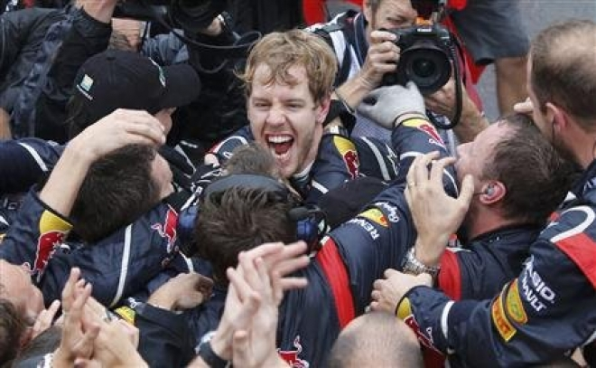 Sebastian Vettel wins third Formula 1 world title