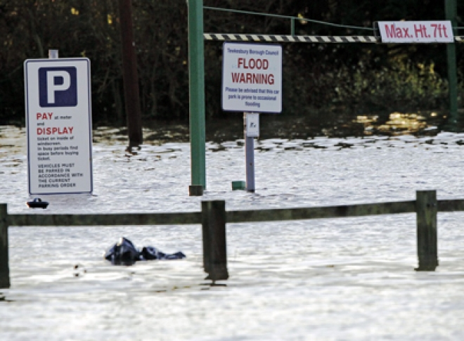 Torrential rain and flooding heading to the North of England