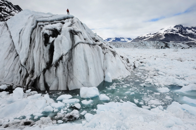 Climate Change: Photographer James Balog talks about Chasing Ice